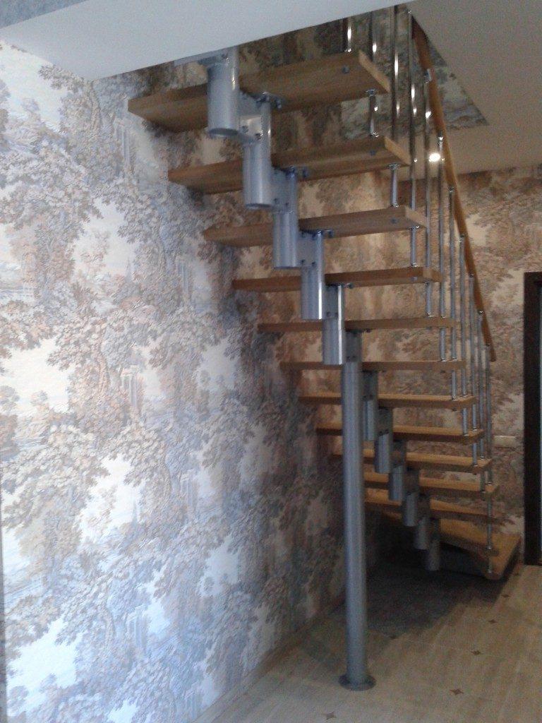 Деревянные лестницы на второй этаж: виды и конструкция